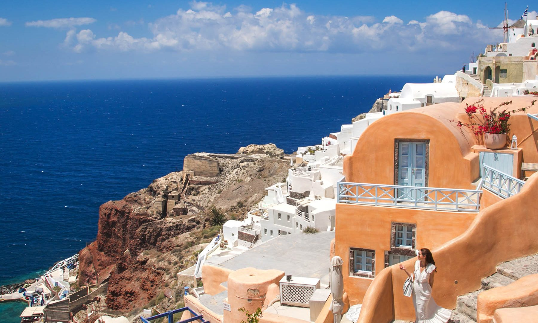 things to do in santorini | Kastro Oia Houses