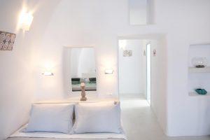 Kastro Oia Houses | Oia Santorini Greece