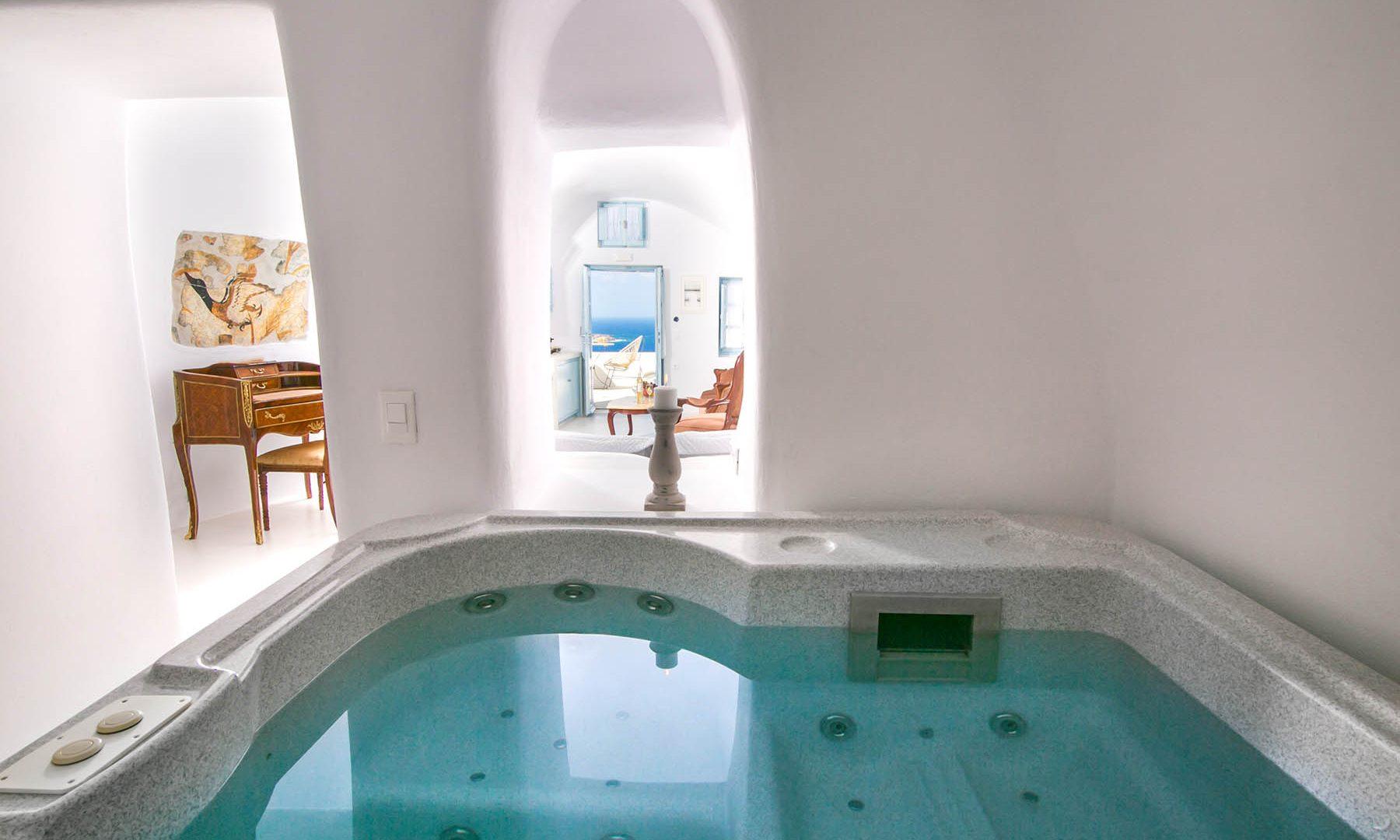 santorini oia accommodation | Kastro Oia Houses
