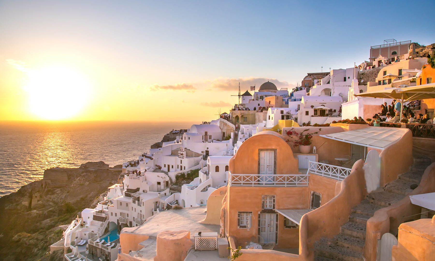 santorini greece | Kastro Oia Houses