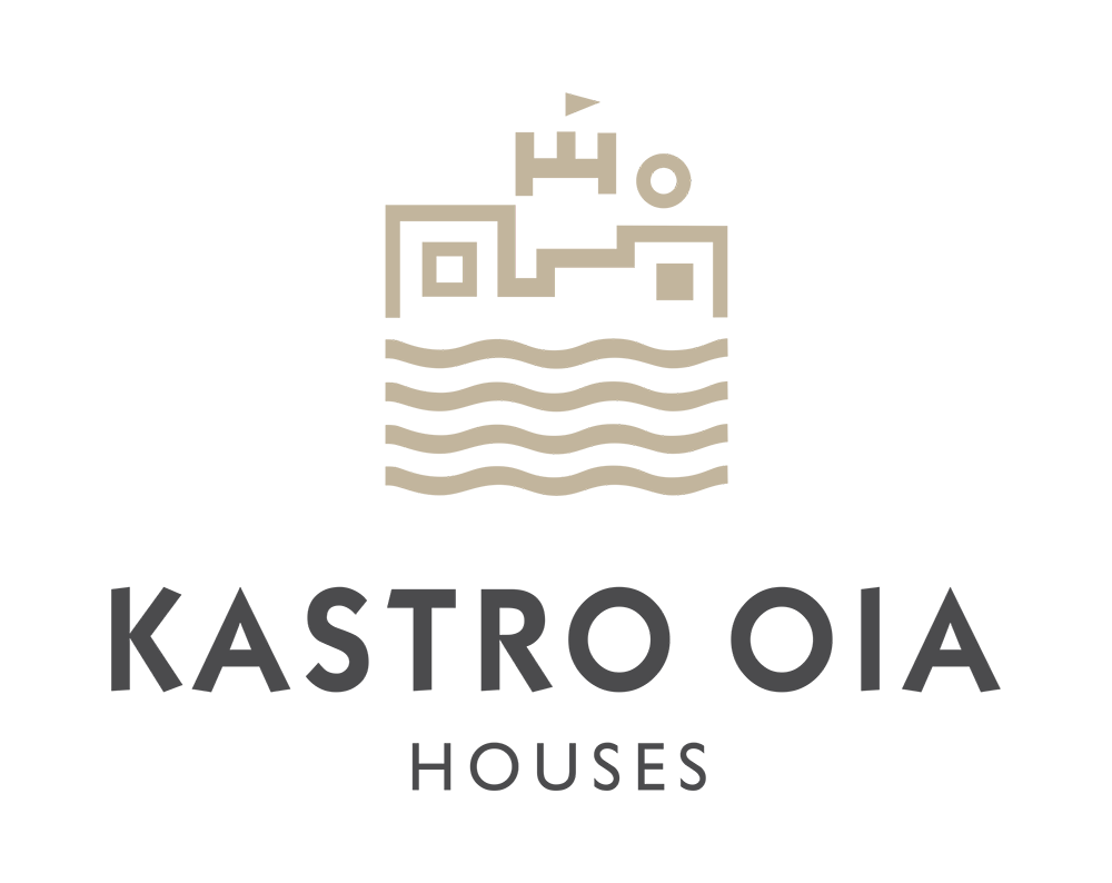 Kastro Oia Houses | Santorini Greece