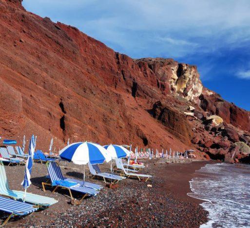 Red Beach oia santorini | Kastro Oia Houses